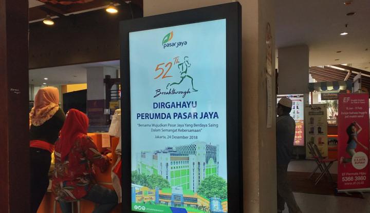 Foto Berita Wajah Baru Iklan di Pasar Mayestik
