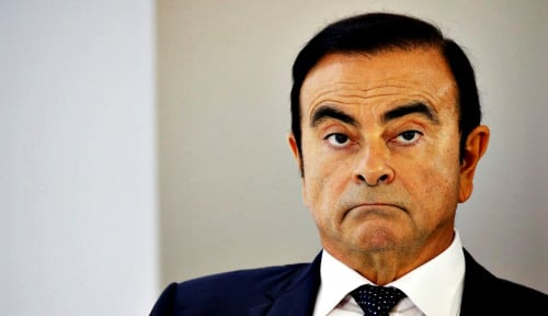 Foto Nissan's Ghosn Offers to Wear Electronic Ankle Tag for Bail