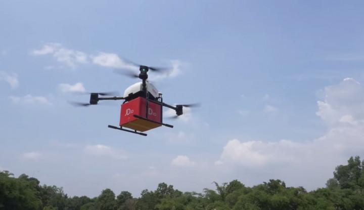 Foto Berita JD.com Sukses Uji Coba Kirim Barang via Drone di Indonesia