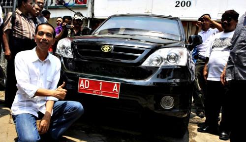 Foto Dari Mobil Esemka Pengusaha Asal Solo Jadi RI 1