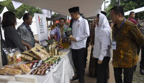 Foto Menteri BUMN Sesumbar Nasabah Mekaar Jadi Kekuatan Baru Ekonomi Nasional