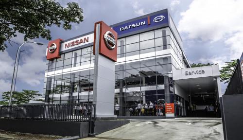 Foto Nissan Resmikan Gerai Berkonsep Global Retail di Alam Sutra