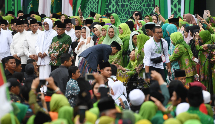 Di Hadapan 100.000 Muslimat NU, Jokowi Sampaikan Hal Ini - Warta Ekonomi