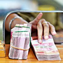 Global Ngamuk, Rupiah dan Dolar AS Sama-Sama Remuk