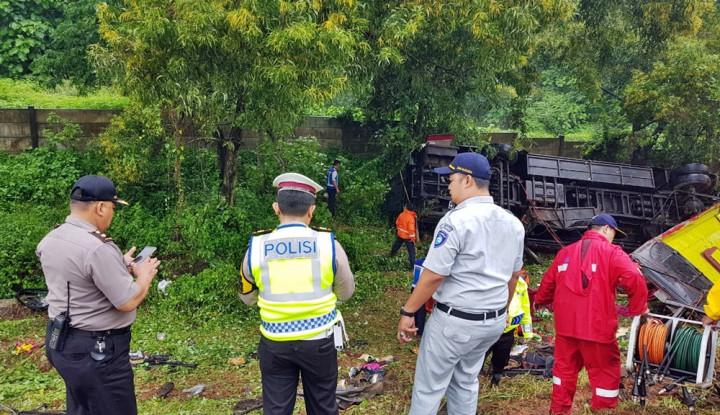 Jasa Raharja Jabar Jamin Asuransi Korban Kecelakaan Tol Cipularang KM 70 - Warta Ekonomi