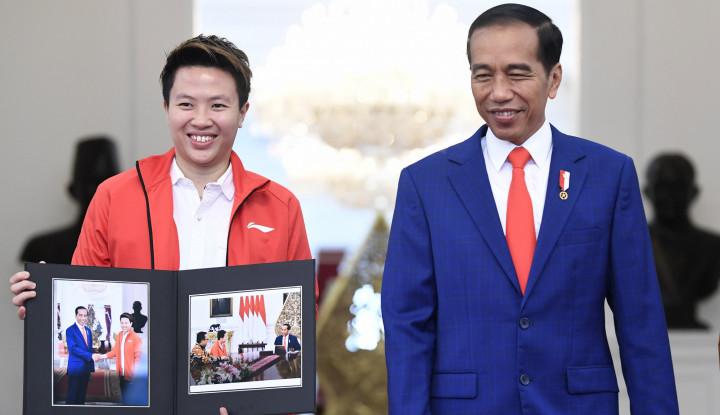 Foto Berita Liliyana Pamit ke Jokowi: Indonesia Sangat Kehilangan