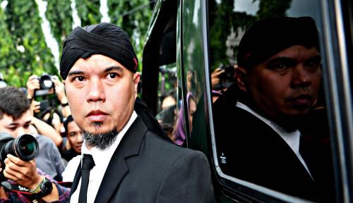 Foto Teriak Dhani: Prabowo Menang!!