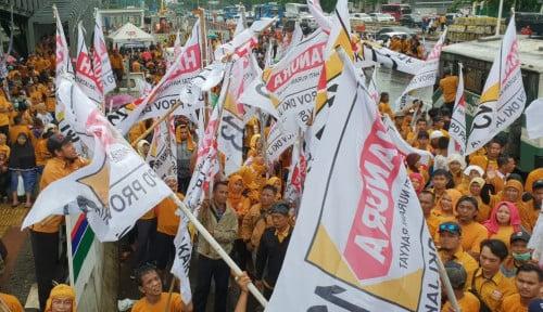 Foto Tolak Anggapan Kriminalisasi KPU, Ribuan Kader Hanura Geruduk Polda Metro Jaya
