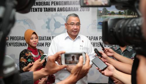 Foto Klaim Sudah Bangun Jalan 197.600 Km, Menteri Desa: Itupun Masih Ada yang Nyinyir