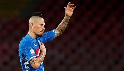 Foto Kapten Napoli Resmi Pindah Hati ke Club China
