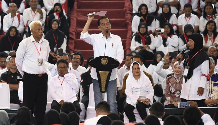 Semburan Hoax, Jokowi: Bukan Cuma Saya, Mahathir dan Sultan Brunei juga Kena - Warta Ekonomi