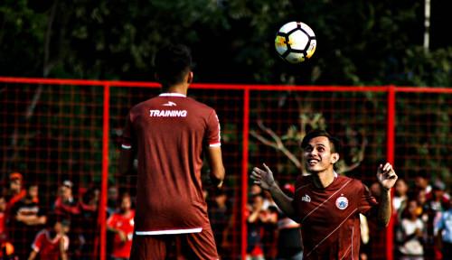 Foto Persija vs Kalteng Putra: Siapa Akan Menang?