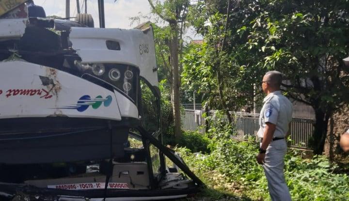 Jasa Raharja Jabar Jamin Asuransi 14 Korban Kecelakaan Bus Kramat Djati - Warta Ekonomi