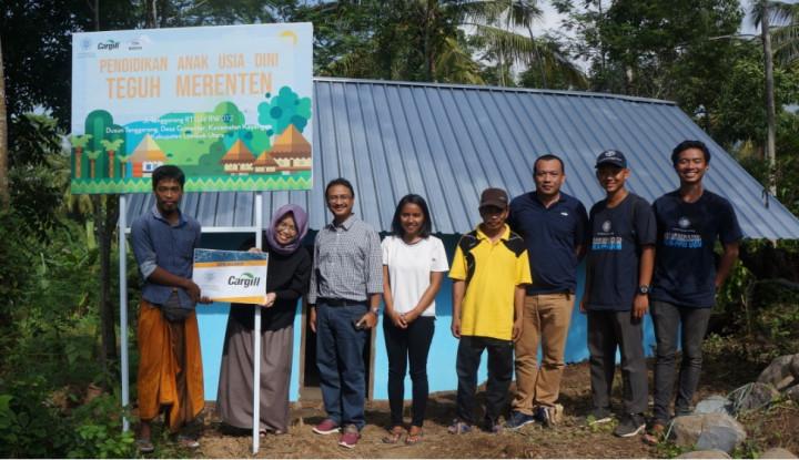 Foto Berita Bersama UGM, Cargill Dukung Pemulihan Pasca Bencana Lombok Barat