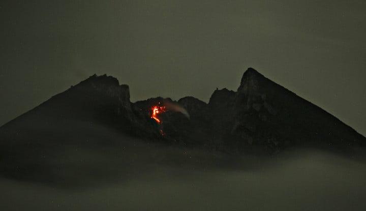 Guguran Awan Panas Muncul di Gunung Merapi - Warta Ekonomi