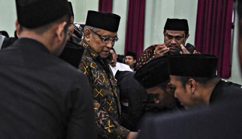 Foto Jokowi-Ma'ruf Kemenangan Nasionalis-Santri, Ucap Kiai
