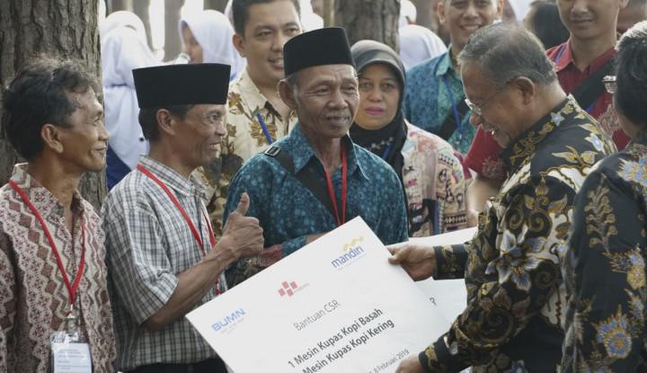 Foto Berita Perbankan 'Pelat Merah' Kembangkan Pertanian di Jawa Barat