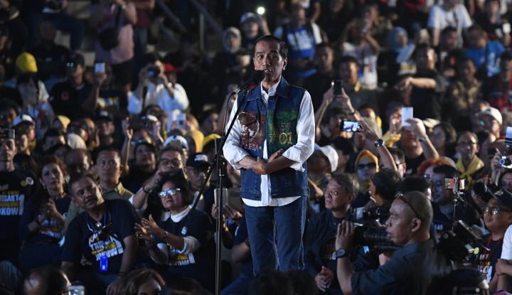 Foto Berita Alumni Trisakti Desak Jokowi Tuntaskan Kasus Pelanggaran HAM Masa Lalu