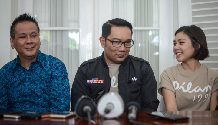 Foto Berita Cihuy! Ridwan Kamil Akan Bangun Taman Dilan di Bandung