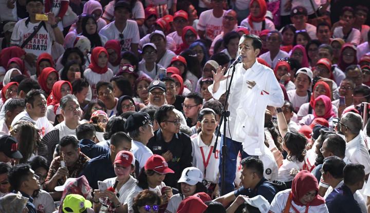 Foto Berita Cabut Remisi Susrama, Jokowi Beri Kado di HPN (1)