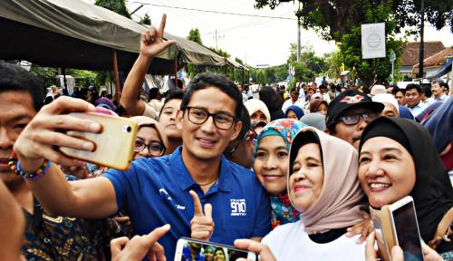 Foto Soal Puisi Neno, Bang Sandi Angkat Tangan, Kok?