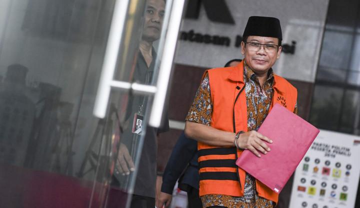 Foto Berita KPK Periksa Tiga Saksi Kasus Suap Taufik Kurniawan