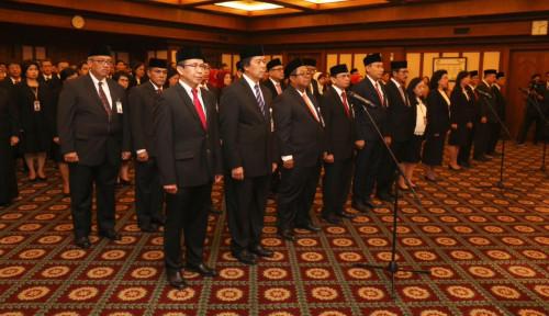Foto Perkuat Efektivitas, Gubernur BI Lantik 18 Pejabat Baru