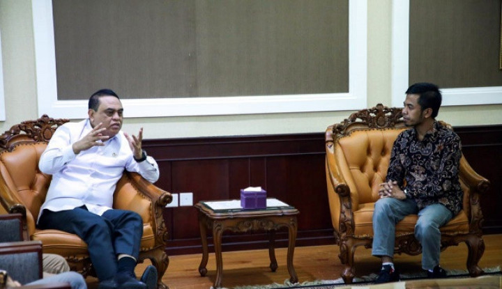 Kasus Ibu Bawa Anjing ke Masjid, Menteri Syafruddin Berang - Warta Ekonomi