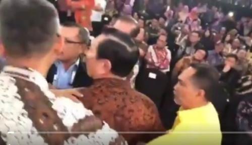Foto Aksi Luhut Marah-Marah Nggak Jauh Beda dengan Caleg PDIP yang Injak Sajadah