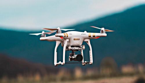 Foto Kirim Barang Pakai Drone di Jakarta Mungkinkah?