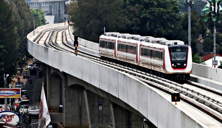 Kursi LRT Dikomplain Nggak Empuk - Warta Ekonomi