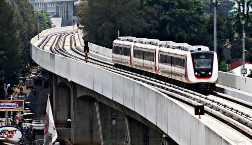 Foto Uji Coba LRT, Pencarian Hunian di Kelapa Gading Meningkat