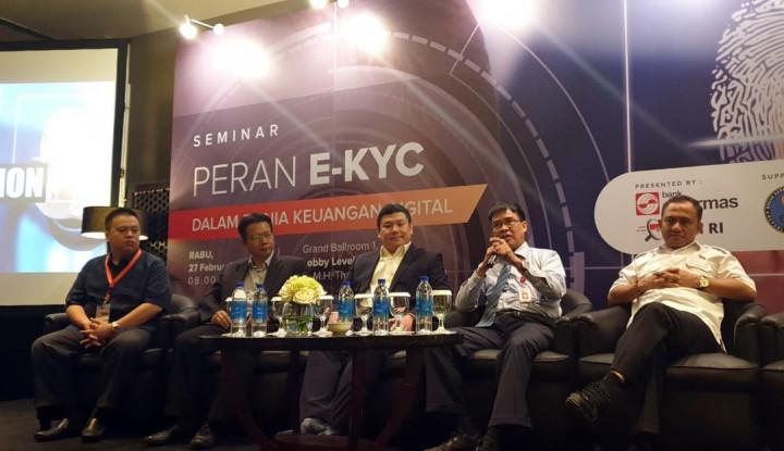 OJK Tekankan Pentingnya E-KYC Bagi Industri Keuangan - Warta Ekonomi