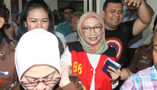 Foto Polisi Bantah Pernyataan Ratna Sarumpaet