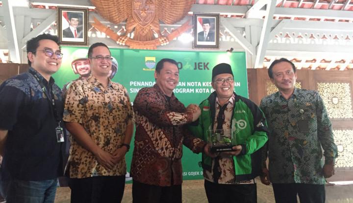Go-Jek Bersama Pemkot Bandung Perkuat Sinergitas Program Bandung Smart City - Warta Ekonomi