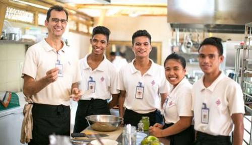Foto Keren! Masuk 10 Finalis dari Seluruh Dunia, Startup Sumba Wakili Indonesia di Booking Booster 2019