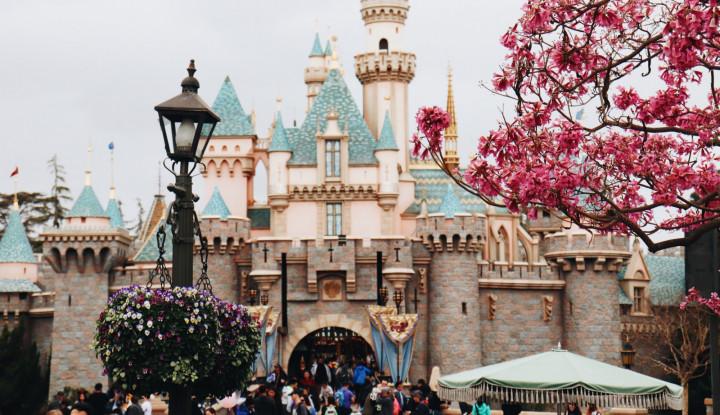 Pariwisata China Terguncang, Disneyland Shanghai Fix Tutup Pekan Ini - Warta Ekonomi