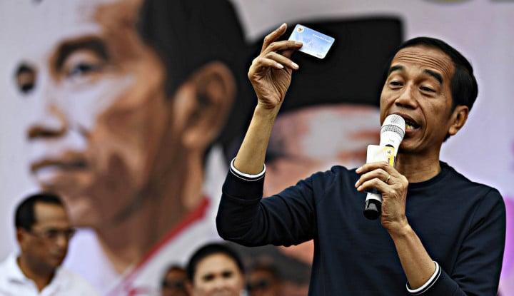 Kartu Jokowi Bukan Sekadar Kartu Sakti - Warta Ekonomi