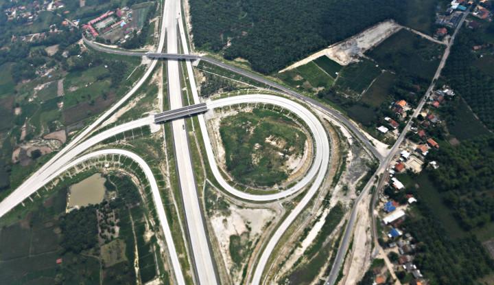 Pekan Nataru, Kendaraan Melintas di Jalan Tol Trans Sumatera Tembus 1 Juta - Warta Ekonomi