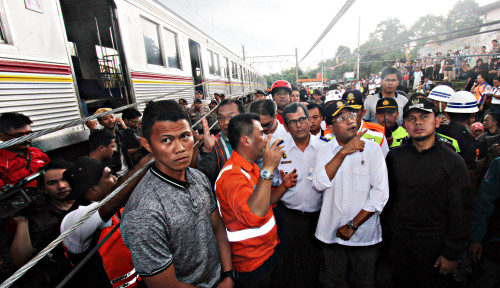 Foto Kemenhub Ajak KAI-KCI Bentuk Satgas Atasi Gangguan Operasional KRL