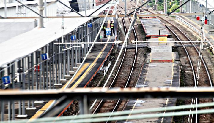 PSBB Total, Dampaknya Terasa di Seluruh Stasiun KRL