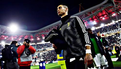 Foto Cristiano Ronaldo: Harga Pemain Saat Ini Gak Masuk Akal