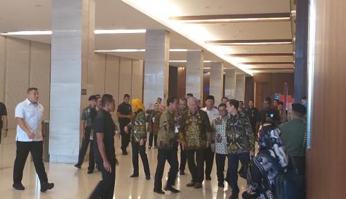 Foto Jokowi Wacanakan Ada Menteri Investasi dan Ekspor