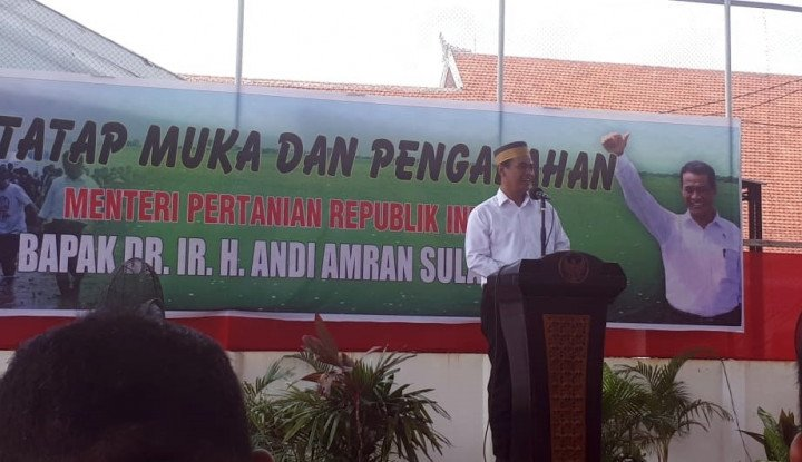 Kunjungi Bone, Amran Sebut Prestasi Jokowi-JK di Sektor Pertanian - Warta Ekonomi