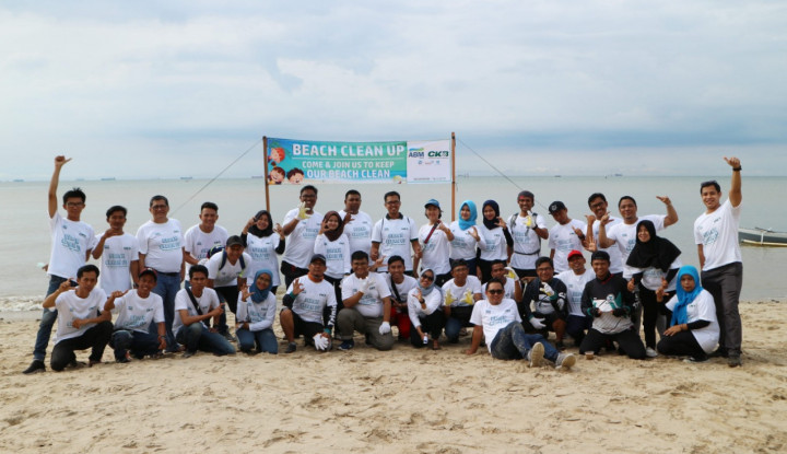 Dorong Pariwisata Lokal, Anak Usaha ABM Bersihkan Sejumlah Pantai di Balikpapan - Warta Ekonomi