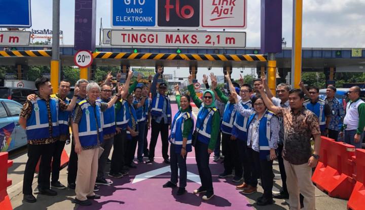 Bareng Menteri Rini, Jasa Marga Simulasikan RFID di Tol Cengkareng - Warta Ekonomi