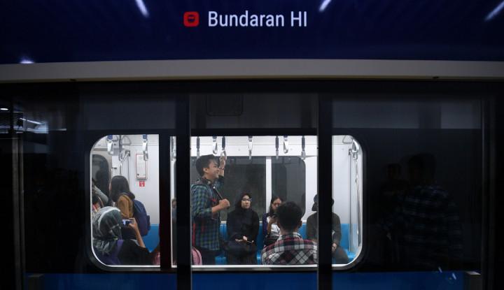 Simak Do's and Don'ts Selama Naik MRT - Warta Ekonomi
