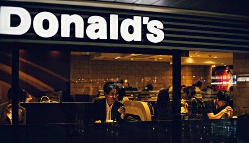 Foto McDonald's Akuisisi Dynamic Yield, Guna Kustomisasi Layanan Drive-Thru