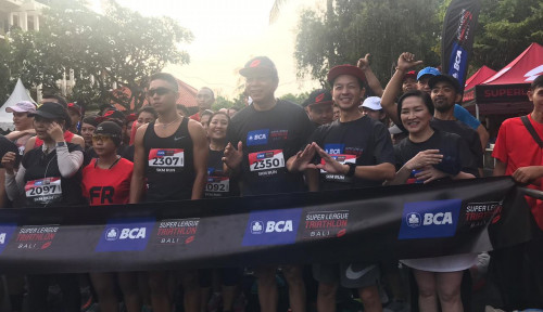Foto 1.500 Peserta Ikuti BCA Super League Triathlon 2019