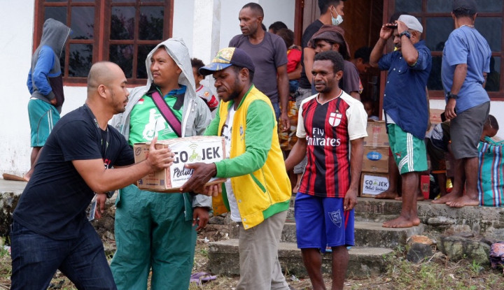 Go-Jek Terjunkan Personel Guna Distribusikan Bantuan Bencana di Jayapura - Warta Ekonomi